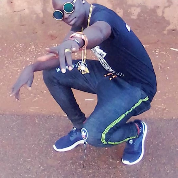 Awinyo cwinya tie Upload Your Music Free